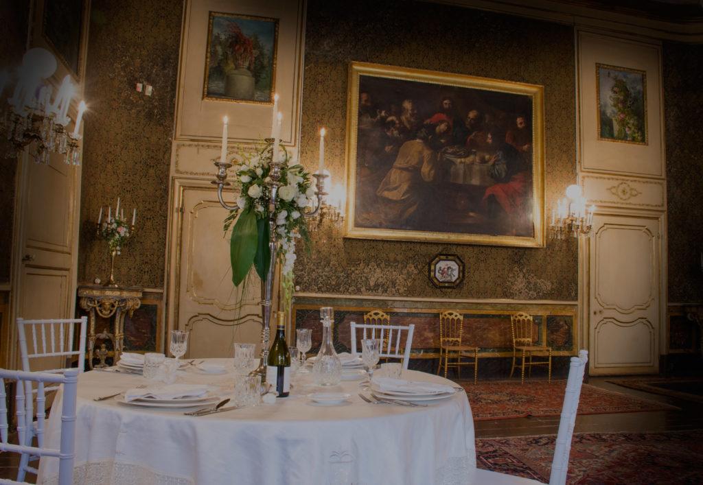 tavolo palazzo de gregorio